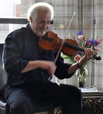 Photo of Roland White on Fiddle